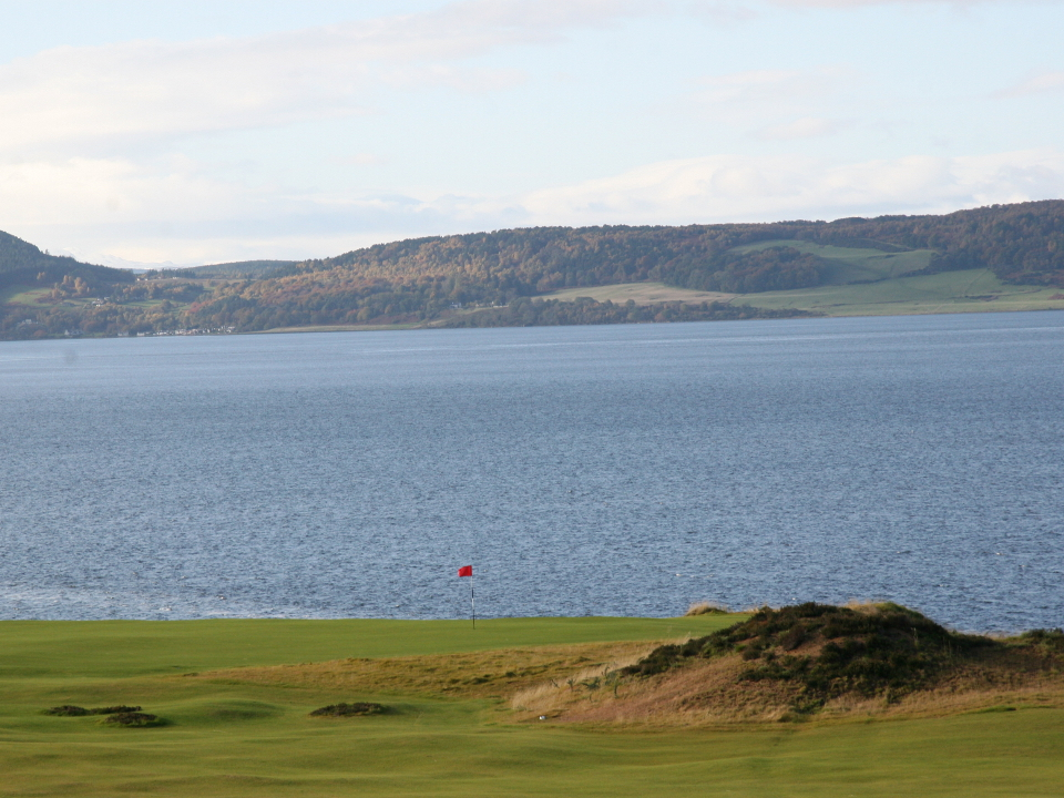 Play Castle Stuart Golf Links, near Inverness, Scotland