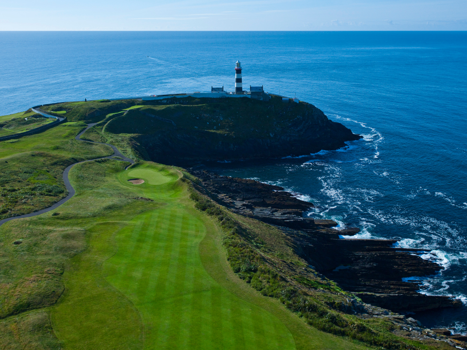 Old Head Golf Links 17th Hole overlooking the sea