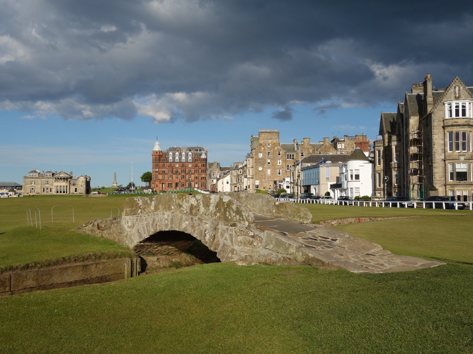 St. Andrews Old Course - Swilcan Bridge