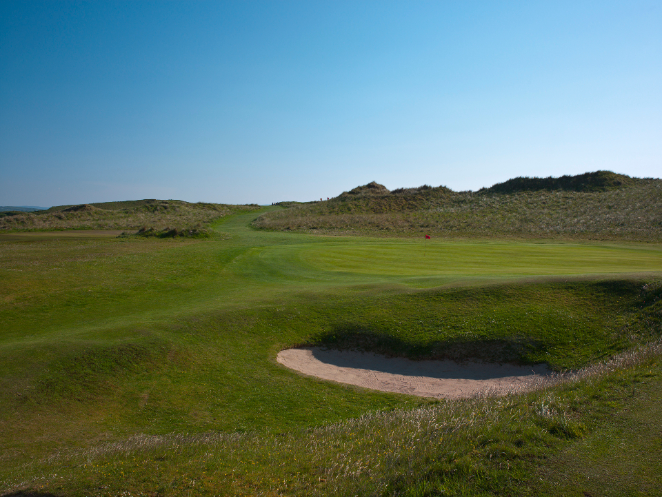 Donegal 6th Hole - The Long Ridge