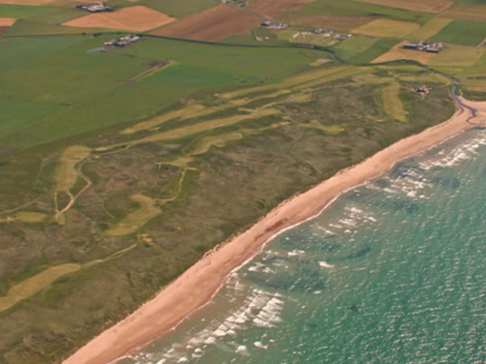 Play Machrihanish Championship Golf Course, Scotland